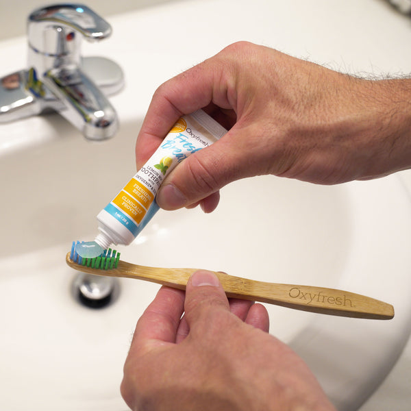 Take your fresh breath on the road with our Lemon Mint toothpaste and biodegradable toothbrush