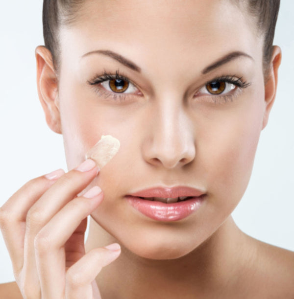 Hyaluronic Acid, 8 reasons why its a hero ingredient