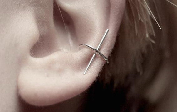 Simplicity Ear Cuff - d'143 Men's Clothing