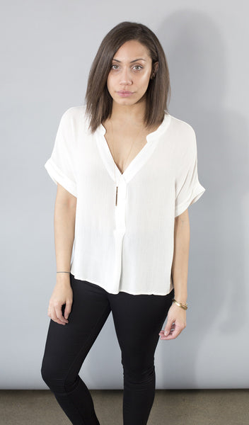 Short Sleeve V-Neck Boxy Fit Top