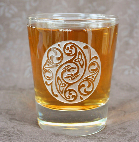 CELTIC Design on Rock Glass - set of 2