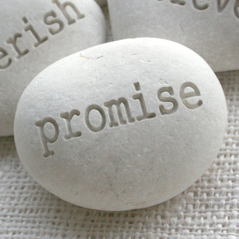 promise - Beach pebble engraved by SJ-Engraving