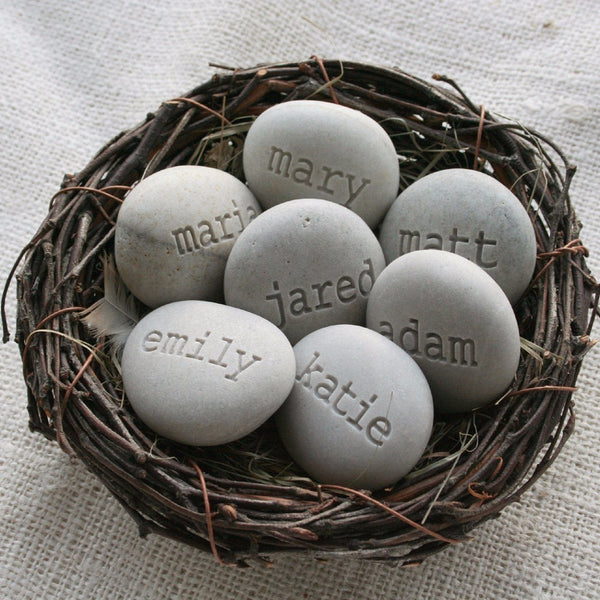 Engraved stone gifts - Personalized grandmother gifts - Set of 7 name stone eggs in family nest