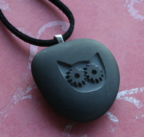 Steampunk Kitty - Tiny PebbleGlyph Pendent (C) - engraved gray beach pebble necklace by SJ-Engraving