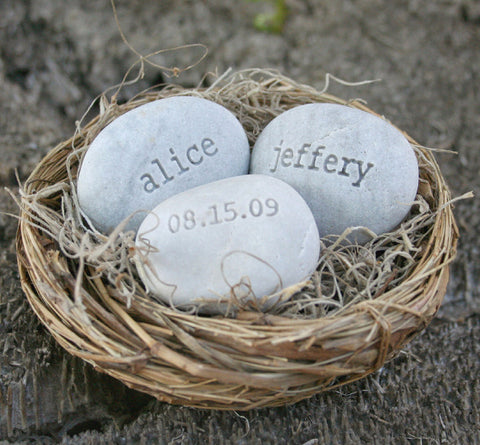 Personalized wedding gift for couple - Love Nest- engraved stones with names and date in bird nest