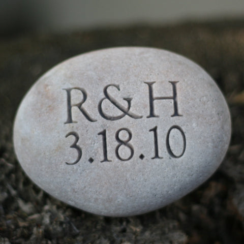 Oathing Stone - neo classic design - for wedding, anniversary or commitment by SJ-Engraving