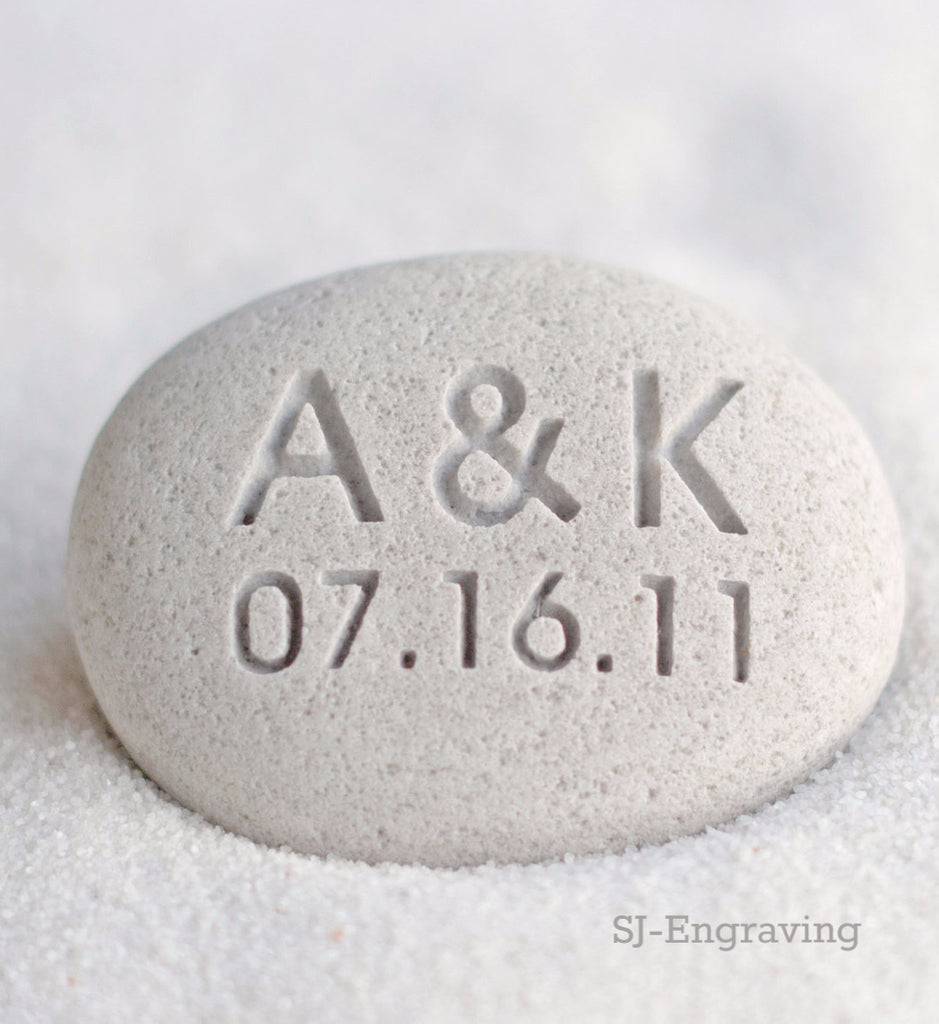 Gift for couple - Petite oathing stone with Personalized initials and date