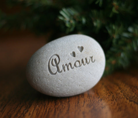 "Gift for him for her - Amour - ""love"" in French"