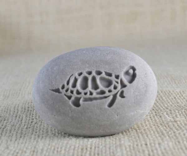 Turtle gift pebble - engraved stone - Ready to ship