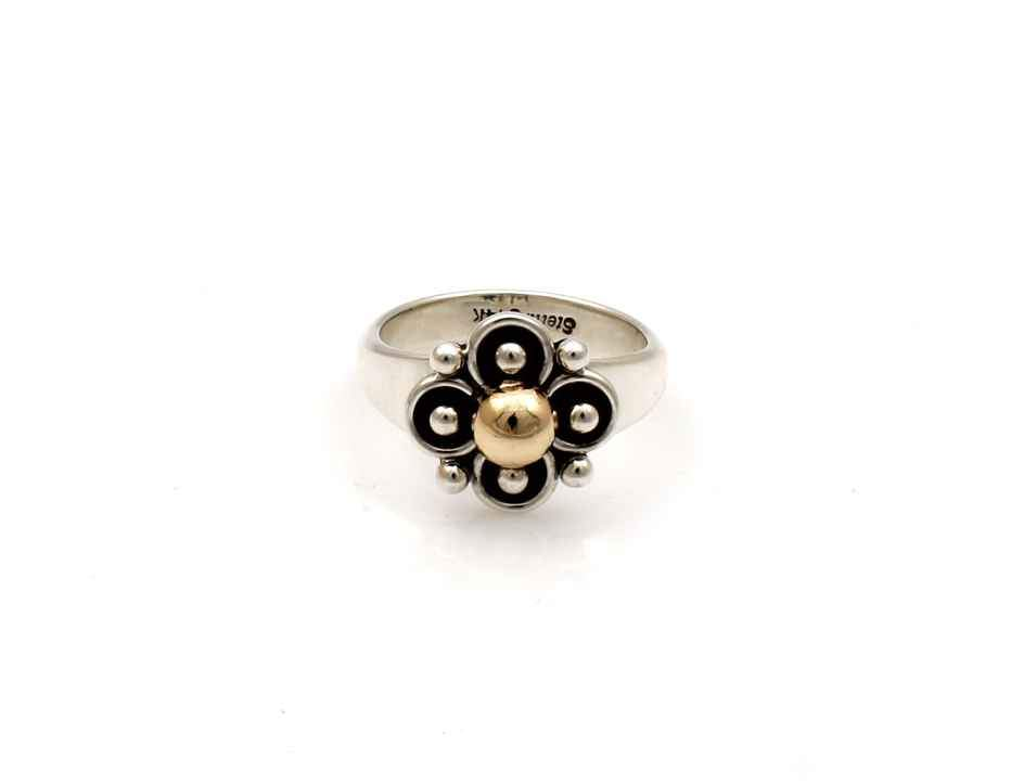 Two Tone Clover Ring