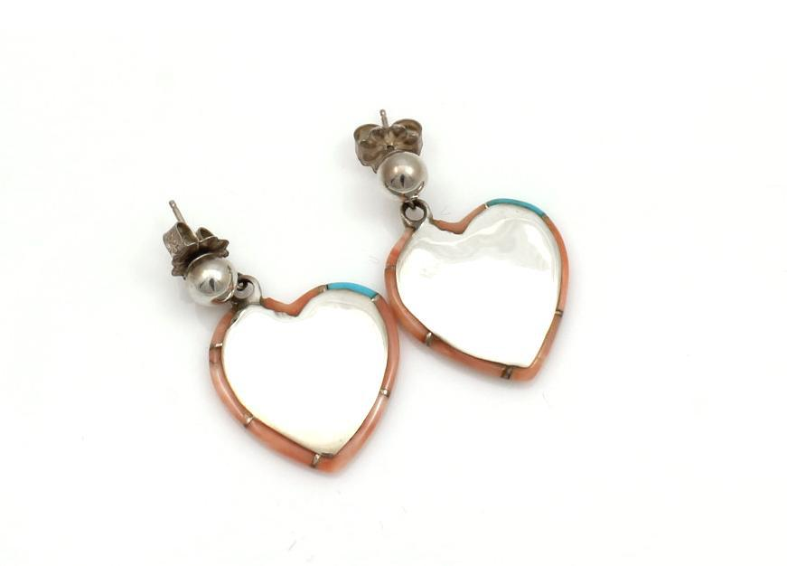 Edge Inlaid Heart Earrings