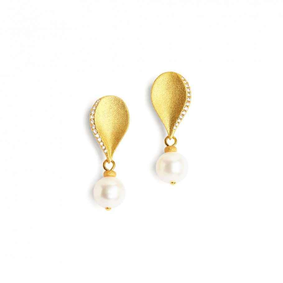 Aquinos Pearl Earrings