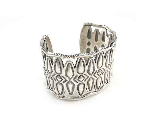 Flying Tears Cut Out Cuff Bracelet With Coin Edge