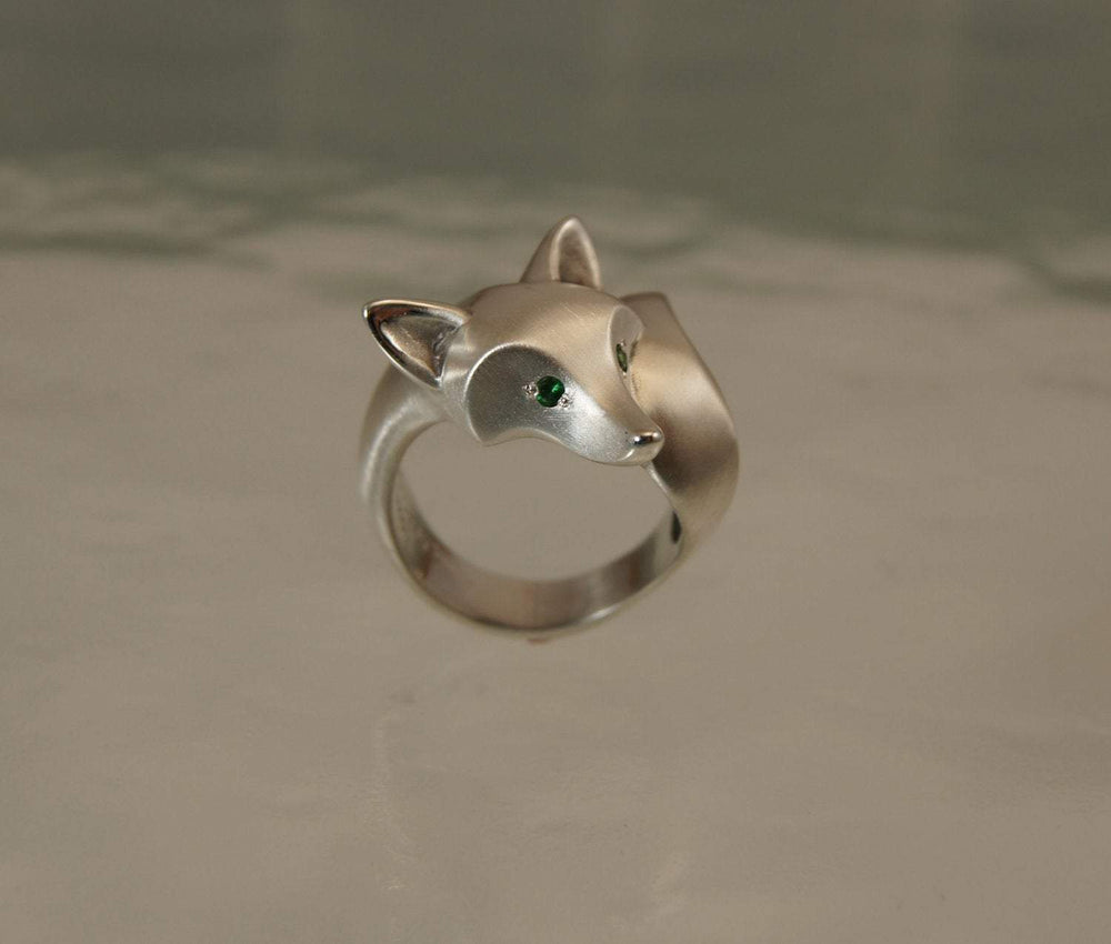 Fox Ring with Gemstone Eyes