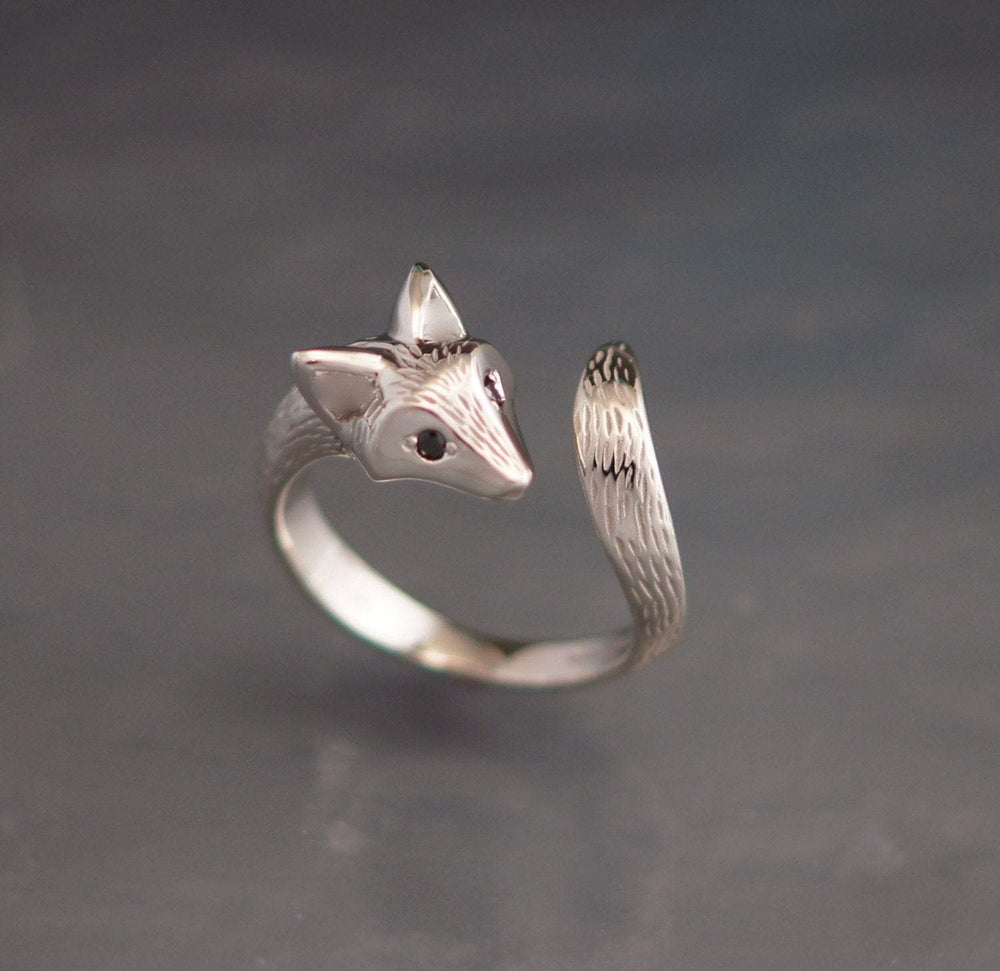Fox Ring with Gemstone Eyes. Michael Tatom Jewelry. Sorrel Sky Gallery.