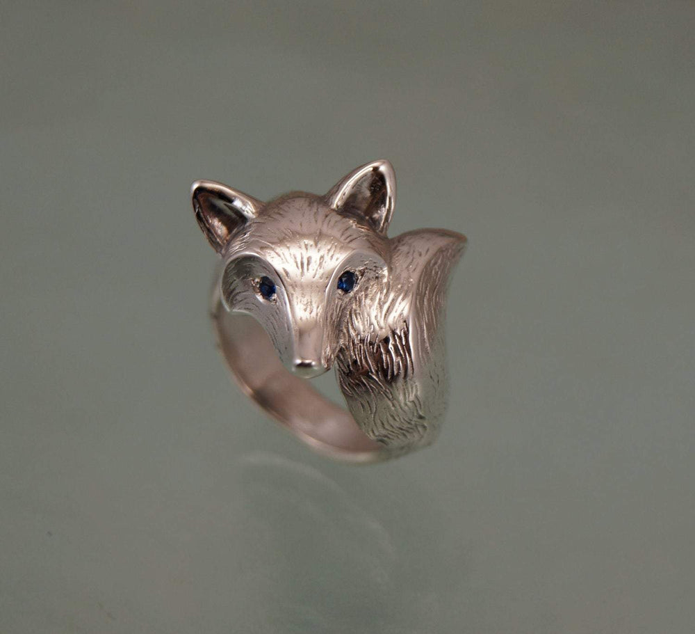 Furred Fox Ring - Silver with Diamond Eyes