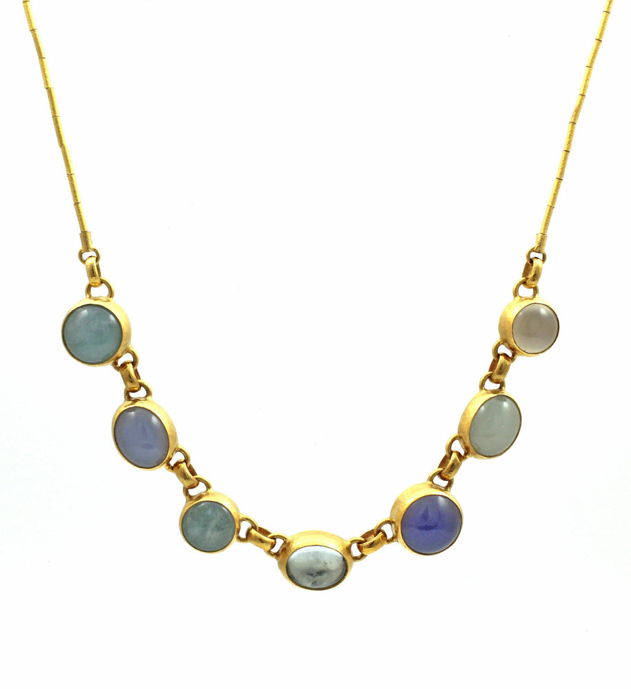 Amulet Hue Necklace