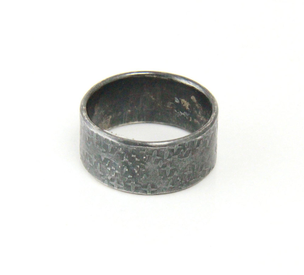Dark Oxidized Ring