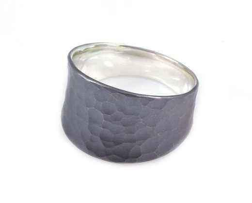 Toby Pomeroy-Tapered Vale Ring-Sorrel Sky Gallery-Jewelry