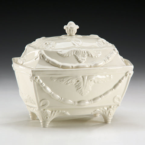 Ceramic Tureen Made In Italy 10.5 X 8 X 9 - FineHomeDecor101