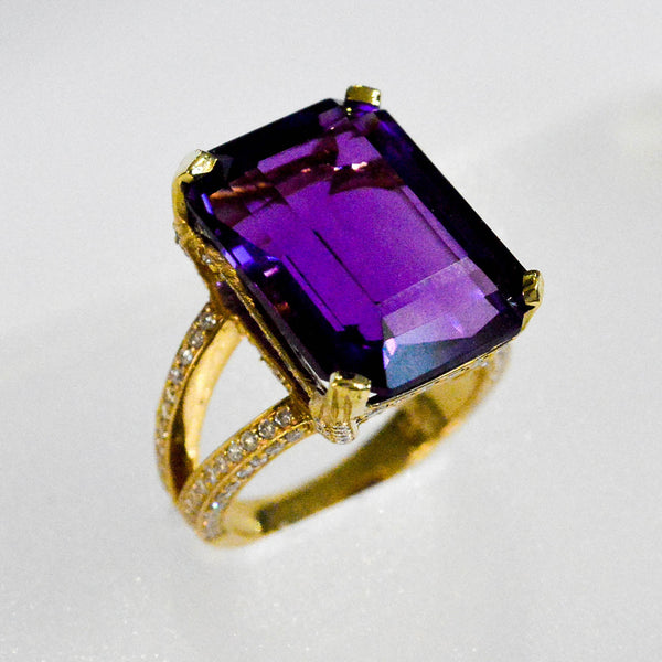 Amethyst and Diamond Ring - Kristoff Jewelers