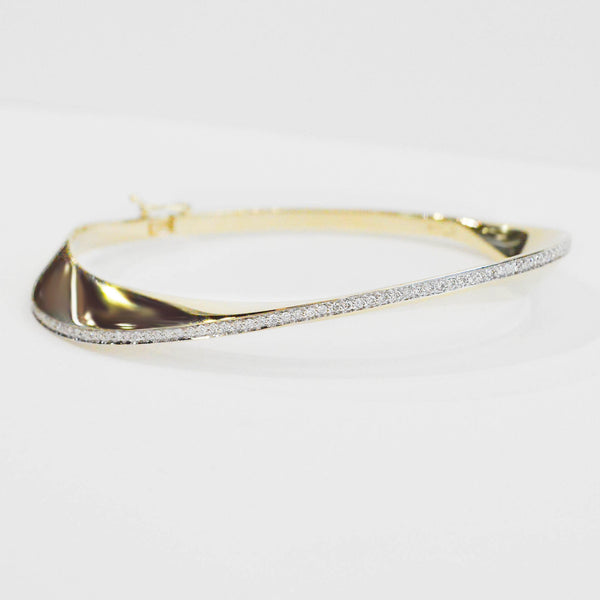 Diamond Bangle Bracelet - Kristoff Jewelers