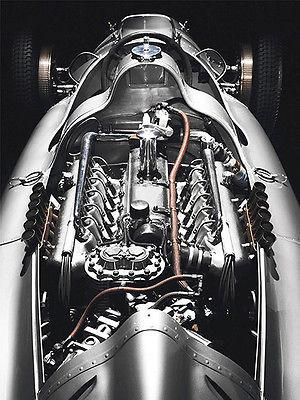Late 1930's Auto Union (Audi) V12 Racing Car Engine - Magnet