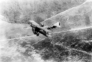 Chateau Thierre Aeroplane - World War I - Argone Forest & French Trenches - Photo Magnet