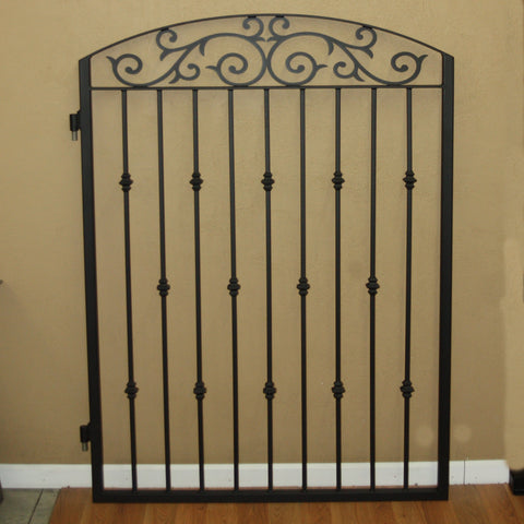 2 Scroll Gates in Black