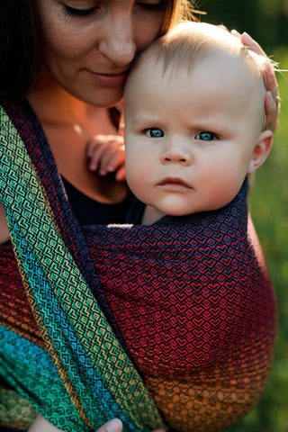 Little Frog Wrap - Lovely Black Rainbow