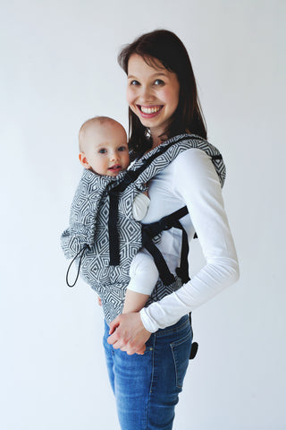 Little Frog Ergonomic Carrier - Black Cube