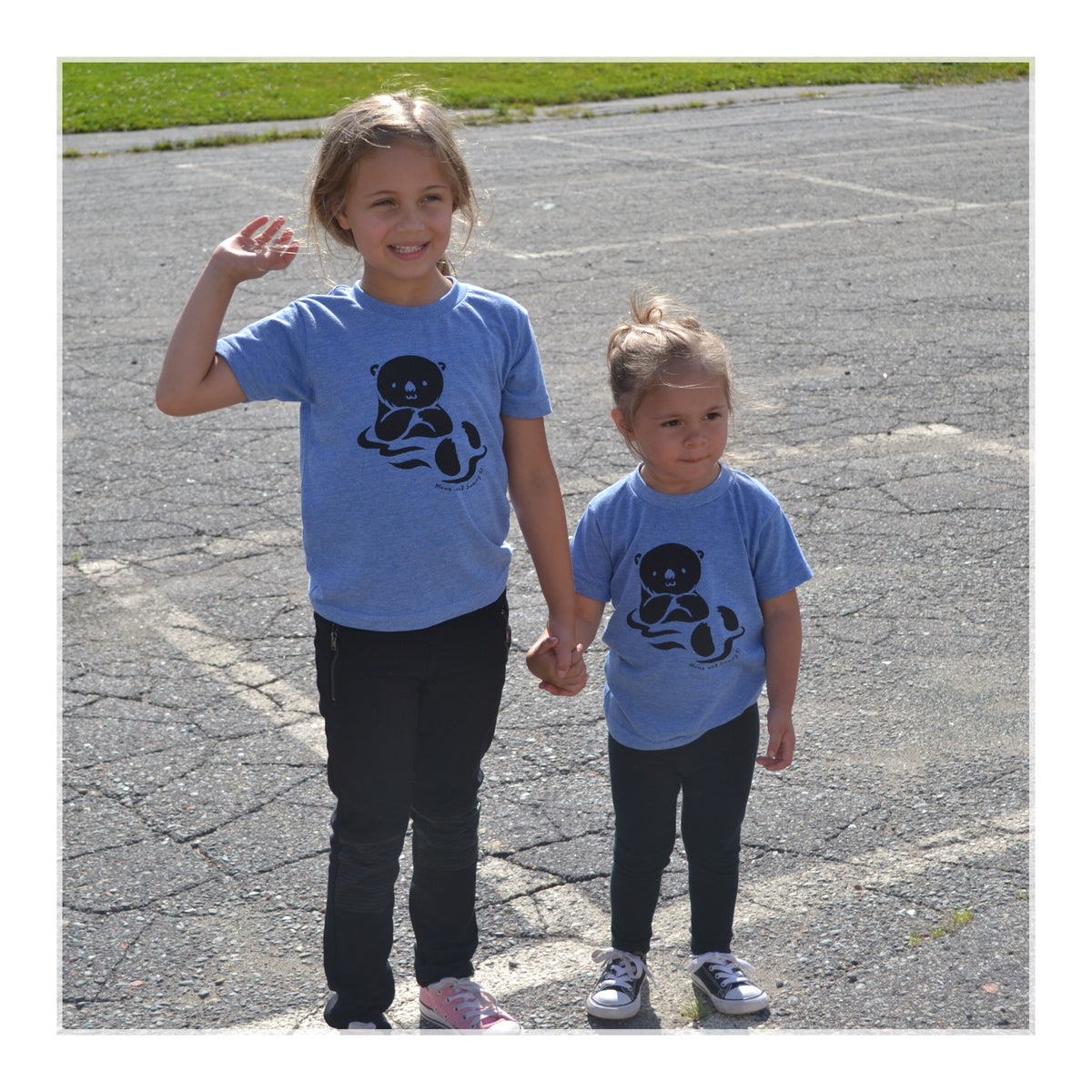 Modern Trendy Otter kids tee | Momo and Sammy Clothing Co.