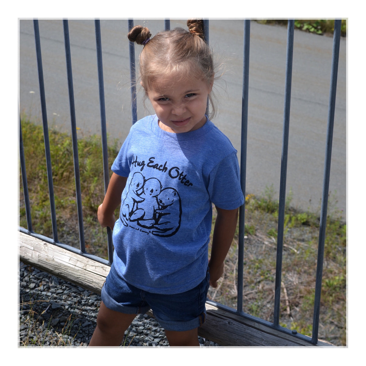 Modern Hug Themed Kids Tee | Momo and Sammy Clothing Co.