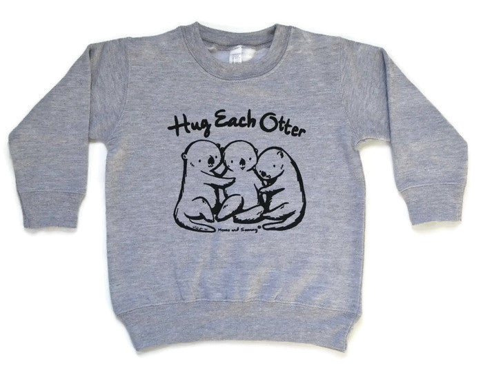 HUG EACH OTTER  - Kids Sweater