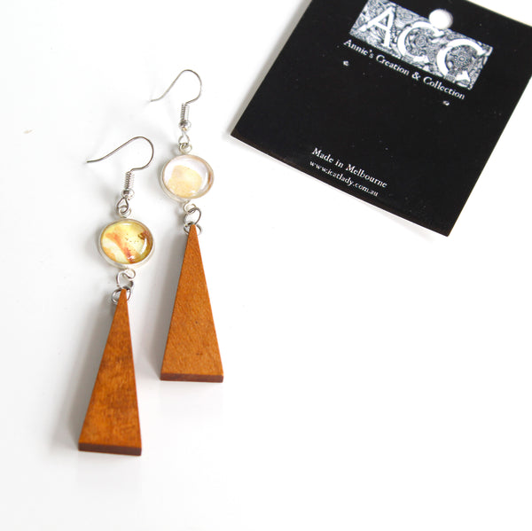 Earing-Prints parts & wood