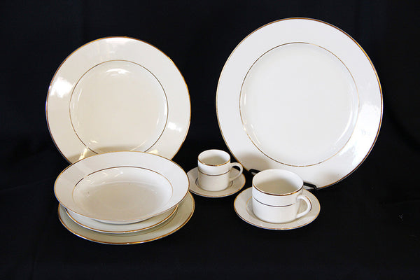 Gold Rim Luncheon Plate