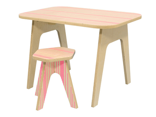 wooden kids table with silkscreen printed pink lines on it. stable sturdy and of high quality. studio delle alpi design
