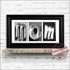 mom-gift-ideas-art-vegas-bw