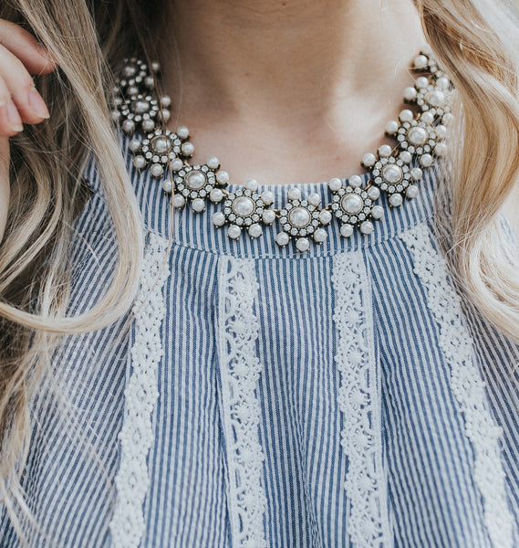 White Circle Pearl Clear Statement Necklace