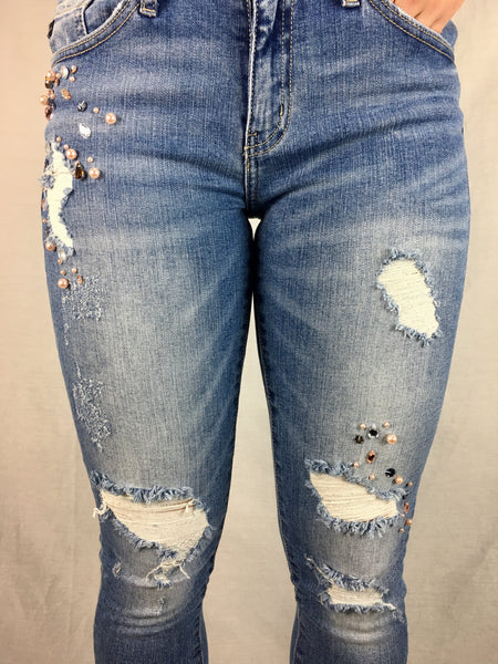 Light Wash Capri w/Beading