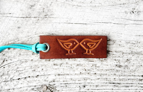 Small Leather Keychain - Kissing Birds - Exsect Inc. - 3