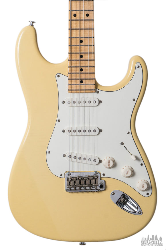 Suhr Classic S Antique SSS MPL (Vintage Yellow)