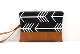 Convertible Wallet - Black White Arrow