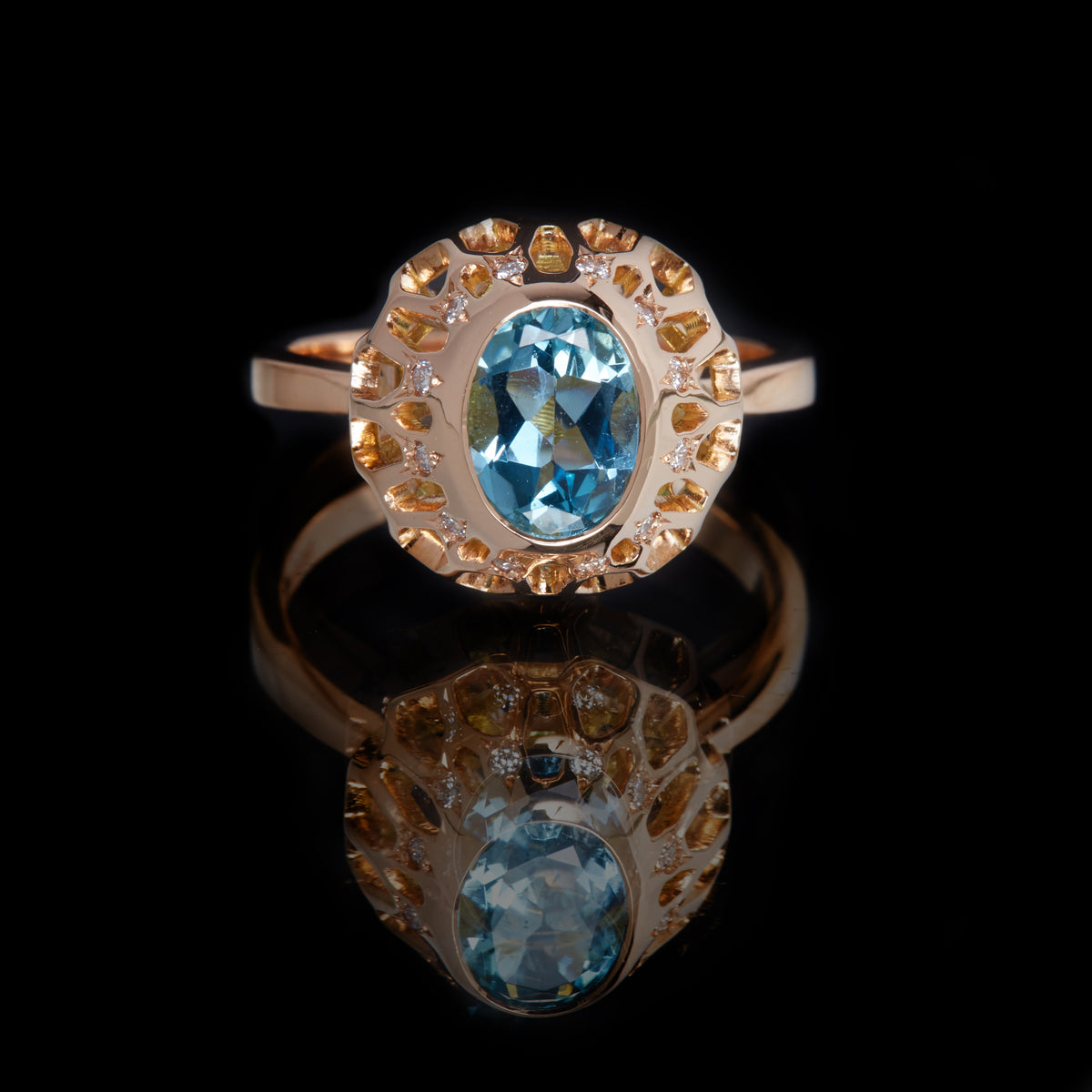 Guy and Max Digital Nature Oval Aquamarine and Rose Gold On Ice Cocktail Ring, front view