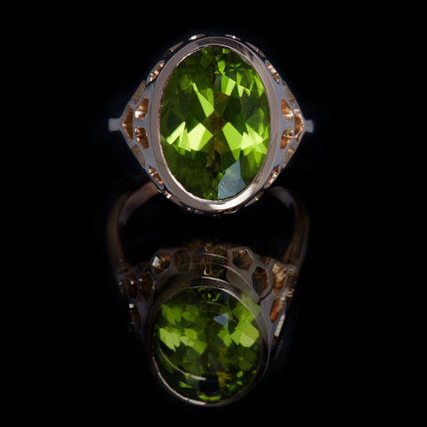 Guy and Max Digital Nature Oval Peridot and Rose Gold On Ice Cocktail Ring. Front View