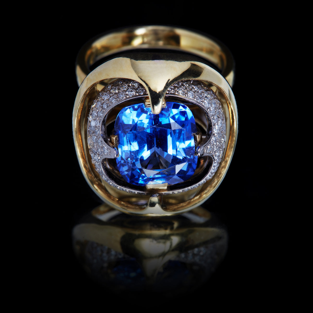 Digital Nature Gravity Sapphire Cocktail Ring
