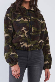Cropped Camo Sherpa Hoodie olive MILK MONEY