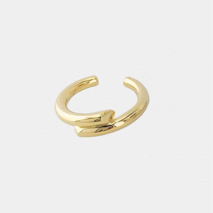 Figaro Double Lined Ring gold front MILK MONEY
