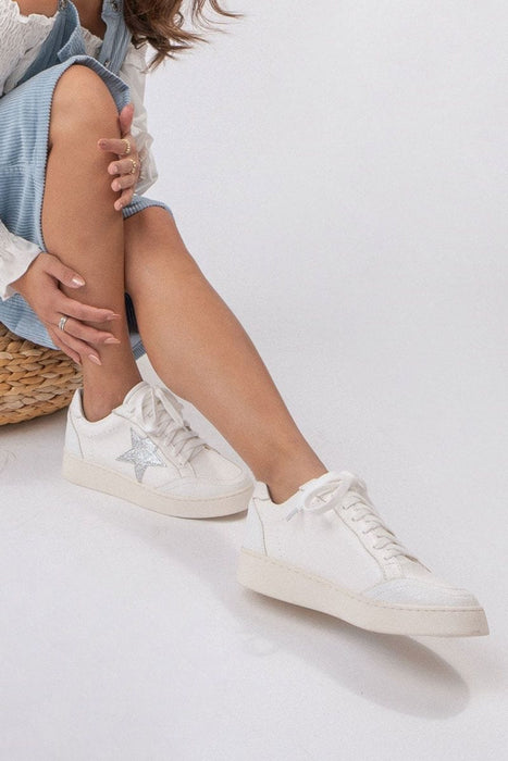 Gina Star Low Profile Sneaker white MILK MONEY