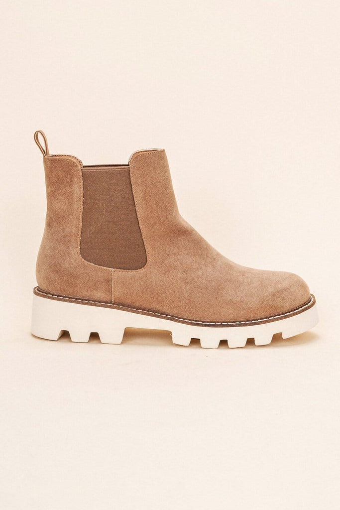 Jessie Chunky Sole Chelsea Boot latte side MILK MONEY